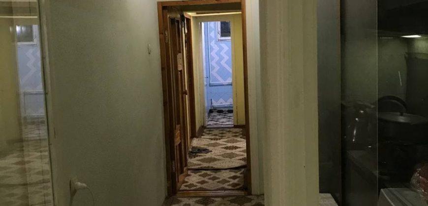 Квартира срочно сотилади 3 хона, 4 хона қилинган, 3-қават, 4 қаватли дом