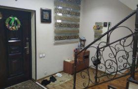 Срочно двухуровневый дом на Феруза (Северо-Восток)